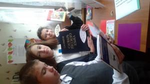 Библиотечный час дружат дети (4)